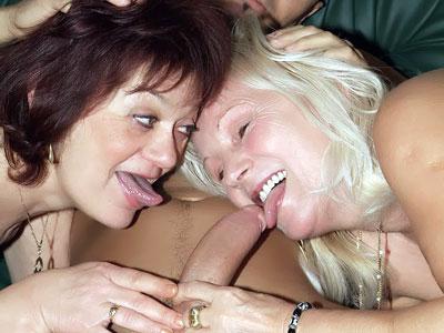 Paula e Remy spartiscono un cazzo grosso